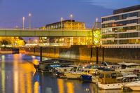 Yachthafen, Bürogebäude, Rheinauhafen, Köln, Nordrhein-Westfalen, Deutschland, Europa