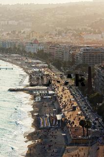 Abendstimmung in der 'Promenade des Anglais' in Nizza