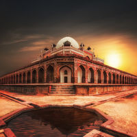 Humayun`s Tomb at sunset. India, Delhi
