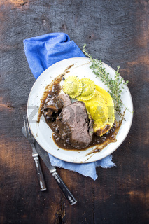 Roast Vanison with Tortelli on Plate