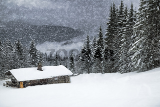Wintermärchen HEMMERSUPPENALM II