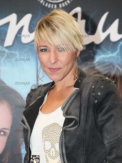 Singer Alexandra Hofmann