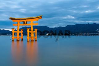 floating torii Miyajima Hiroshima