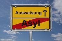Ende Asyl, Beginn Ausweisung | End of asylum, start expulsion