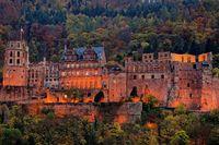 1 BA Heidelberg Schloss beleuchtet.jpg