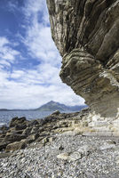 Tafony rocks in the Bay of Elgol