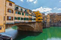 Bridge ponte vecchio in florence tuscany