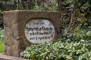 Henriette Davidis Grab