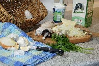 Schopftintling, Coprinus comatus, Shaggy ink cap, Suppe kochen, cooking soup, Zutaten