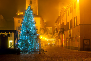 Christmas tree on town square in Italy.