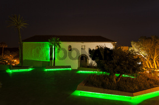 Adejes Plaza de Espana goes green for paddys day.
