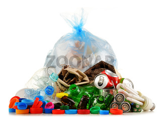 Recyclable garbage consisting of glass