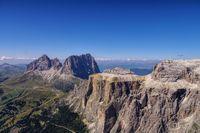 Sella Gruppe in Dolomiten - Sella group in Dolomites 01