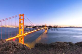 gold gate bridge in sunset