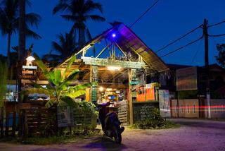 Ruang Caffaye Cafe At Night, Langkawi