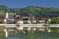 morgenstimmung in grein an der Wachau.jpg