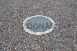 Pavement Circle
