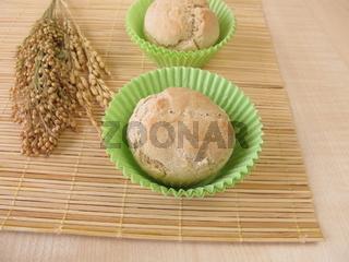 Broetchen Muffins aus Dinkel, Hirse und Reis