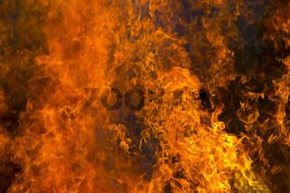 Grosses Flammenmehr