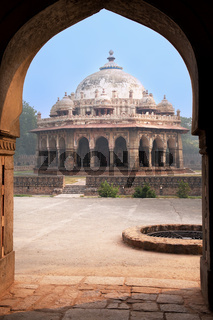 Isa Khan Niyazi tomb seen through arch, Humayun's Tomb complex, Delhi, India