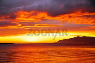 Sonnenuntergang im isländischen Sommer