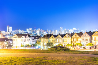 residential buildings near alamo square in san francisco