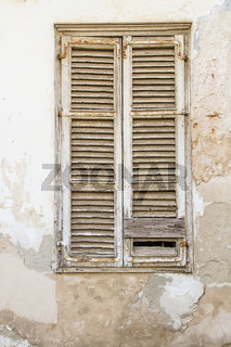 beautiful vintage shutters