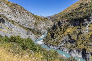 Neuseeland Südinsel - Schlucht mit dem Shotover Riverl an der Skippers Canyon Road nördlich von Queenstown in der Otago Region