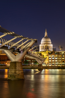 St paul cathedral with millennium bridge