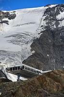 Cable car station on front of the Kaunertal Glacier, Kaunertal valley, Ötztal Alps, Tyrol, Austria