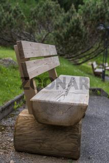 Gartenbank als Sitzbank zum Rasten - Möbel aus Vollholz