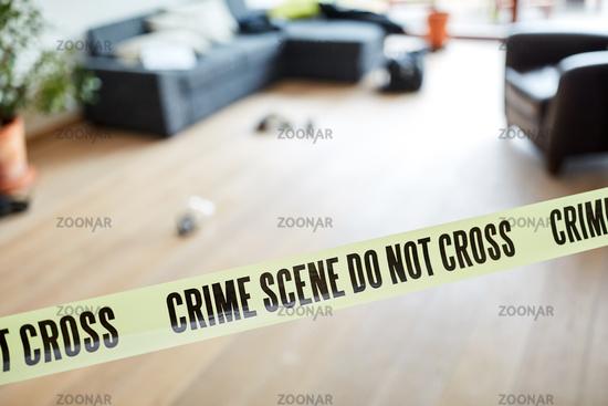 Tatort Absperrung der Polizei nach Verbrechen