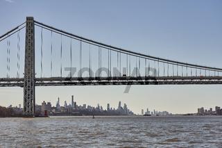 George-Washington-Brücke und die New York Skyline