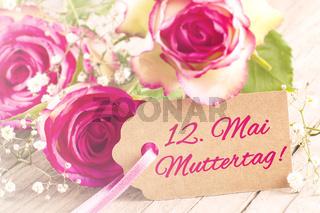 Blumengruß zum Muttertag am 12. Mai 2019