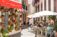 Small restaurant in a narrow street in the Santa Cruz district