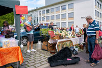 Musician on a popular flea market in downtown Magdeburg on a Sunday