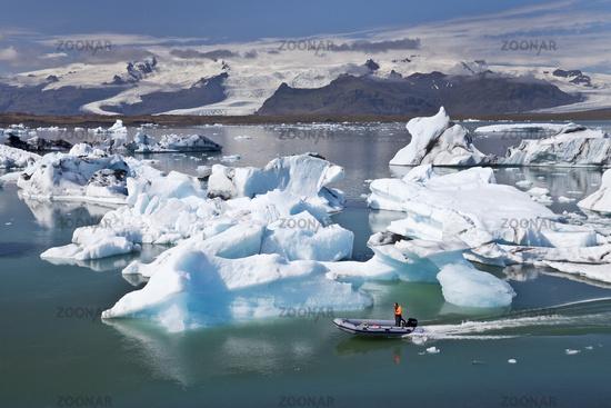 glacier lagoon Joekulsarlon, Vatnajoekull National Park, Hornarfjoerdur, Iceland, Europe