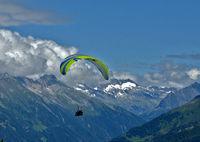 paragliding in the Zillertaler Alps, Österreich, Austria,