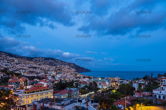 Blick auf Funchal auf der Insel Madeira, Portugal