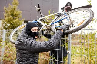 Fahrraddiebe klauen Fahrrad
