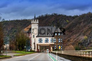 Through the Gondorf Castle near Kobern Gondorf
