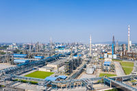 modern petrochemical oil refinery