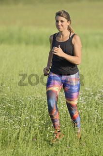 Frau beim Joggen / Woman jogging