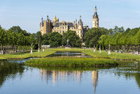palace gardens, Schwerin castle, Schwerin, Mecklenburg-Western Pomerania, Germany, Europe