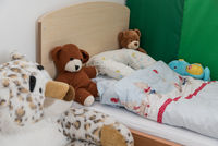 Children's room with cozy corner and plush toys - detail