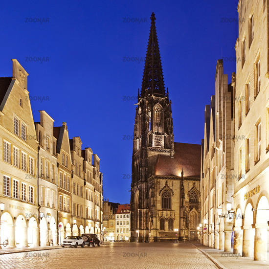 historic principal marketplace and St. Lambert´s Church in the evening, Muenster, Germany, Europe