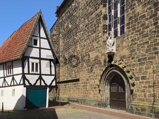 Minden - 'Windloch' an der Martinikirche, Deutschland