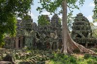 Rear of Banteay Kdei framed by trees
