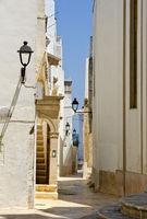 Narrow street at Locorotondo