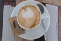 freshly served coffee - Melange in bird's-eye view